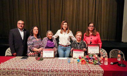 MUJERES QUE HAN ESCRITO PARTE DE LA HISTORIA MEXICALENSE