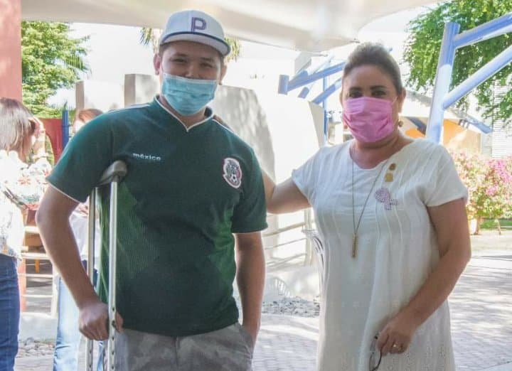 DONAN PRÓTESIS A JOVEN EN MEXICALI