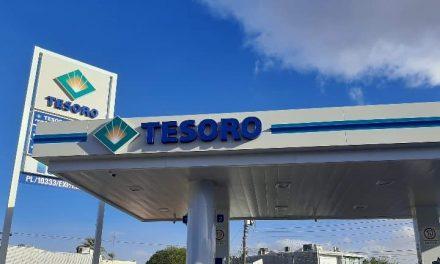 ARCO Y TESORO LAS MEJORES GASOLINERAS EN BC