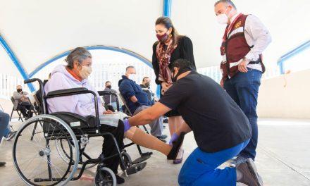 ENTREGAN 42 PRÓTESIS A PERSONAS CON DISCAPACIDAD