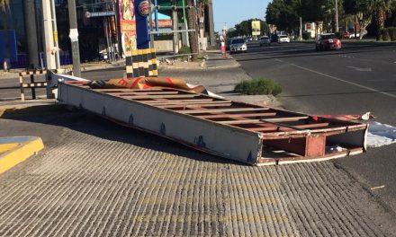 PROVOCA DESTROZOS VIENTOS EN MEXICALI